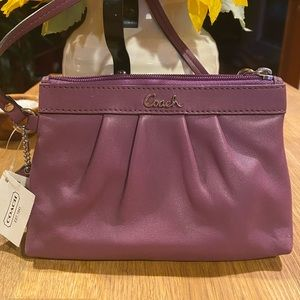 NEW Coach Pleated Leather Wristlet in Berry